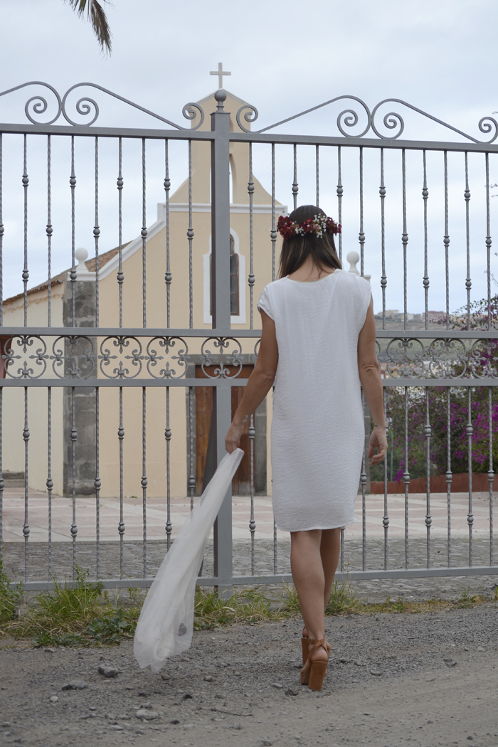atacadas-little-white-dress-wedding-irl-showroomprive-look-boda-casual33