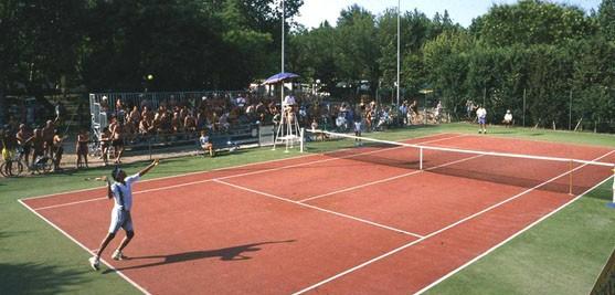 Italie - tennis - Pineta sul Mare - Tohapi