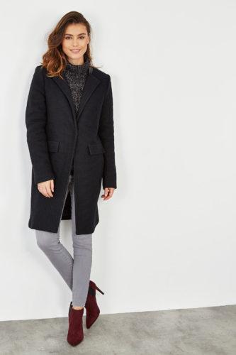 black_coat-2
