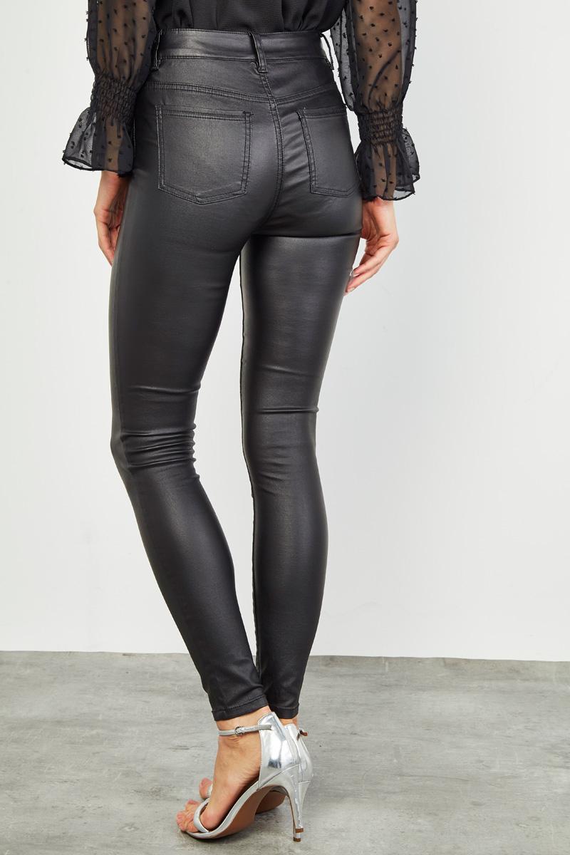 collectionirl focus sur le pantalon enduit collectionirl. Black Bedroom Furniture Sets. Home Design Ideas