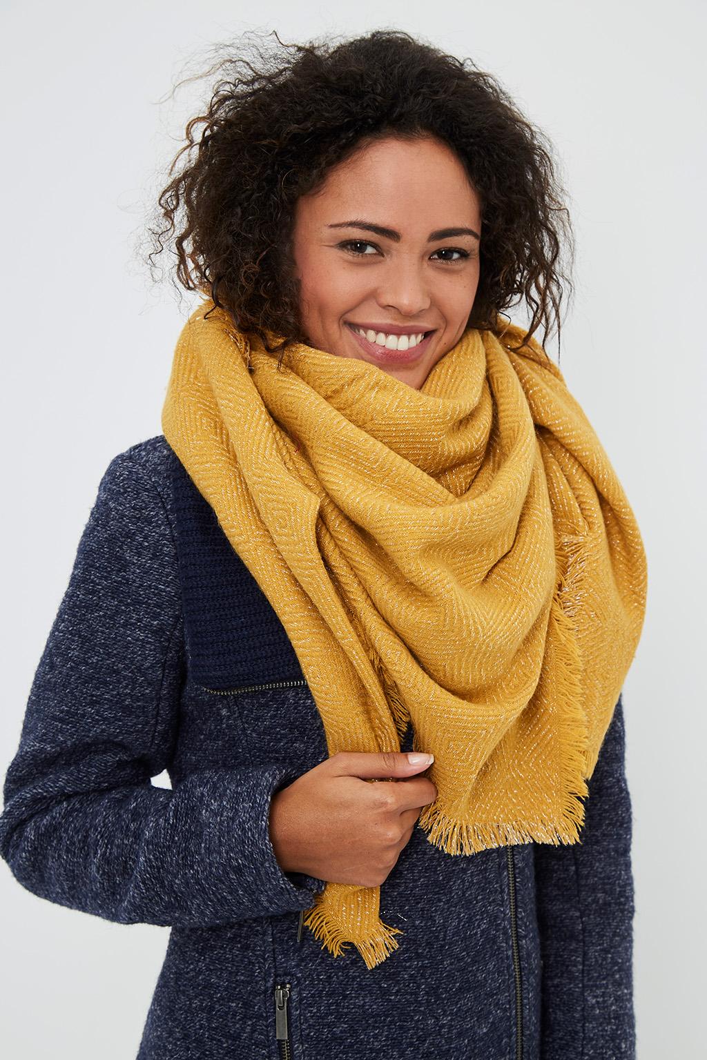 Vente privée Showroomprivé Camaieu accessoires pour femme, étole moutarde