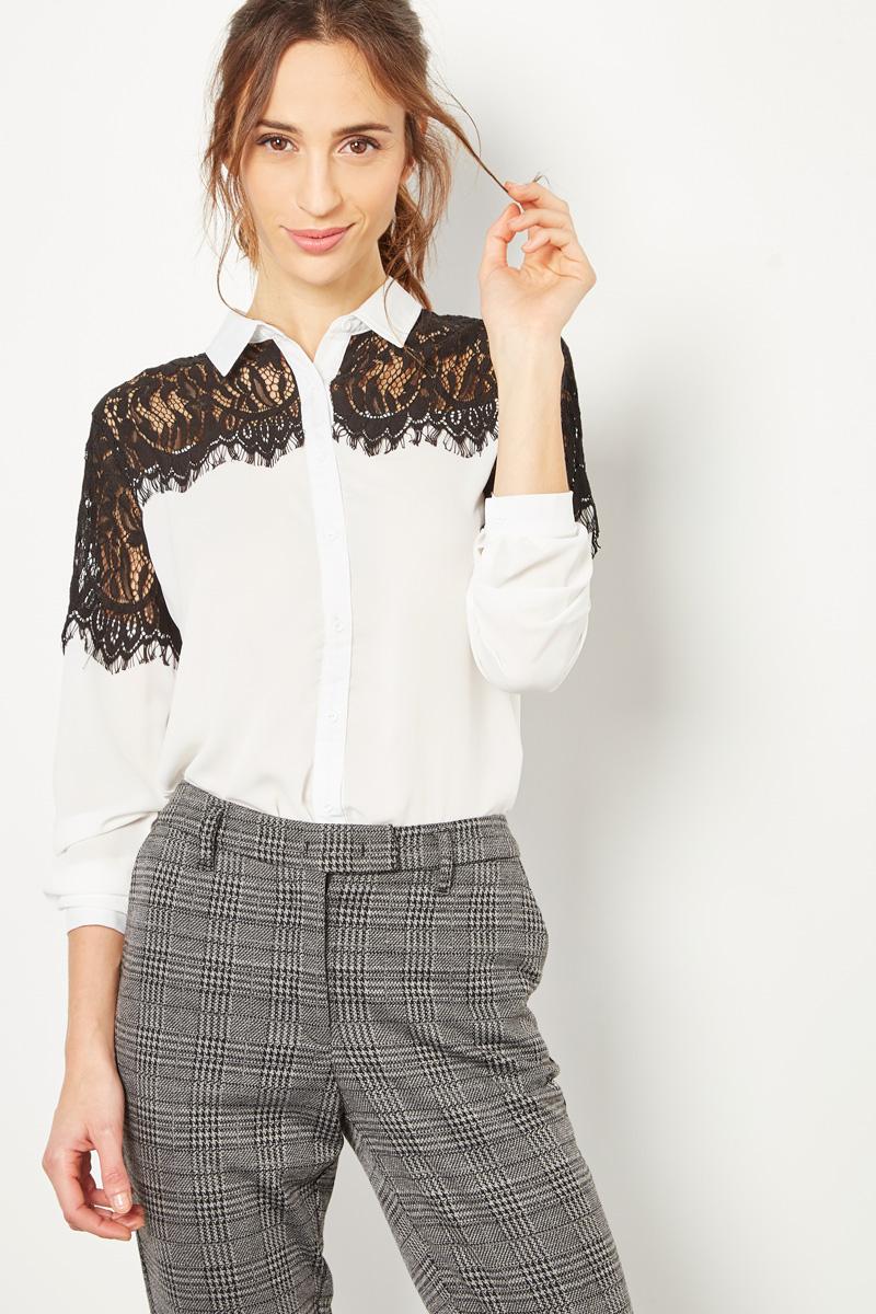 Vente #collectionIRL Showroomprivé pour femme, chemise blanche à empiècements en dentelle noire