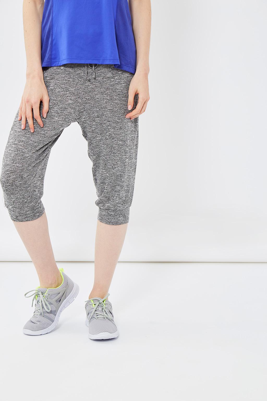 Vente privée femme Oysho lingerie, homewear et sport, sarouel de sport gris chiné