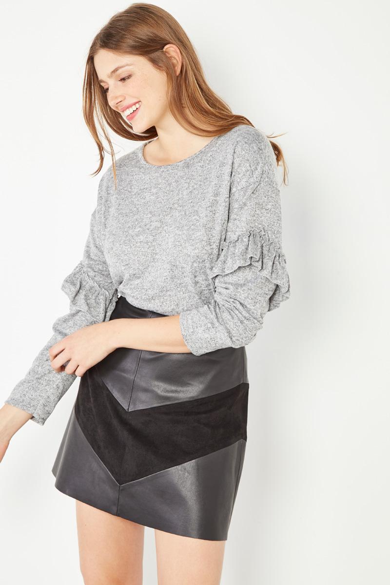Vêtements pour femmes #collectionIRL sur Showroomprivé, pull gris volanté