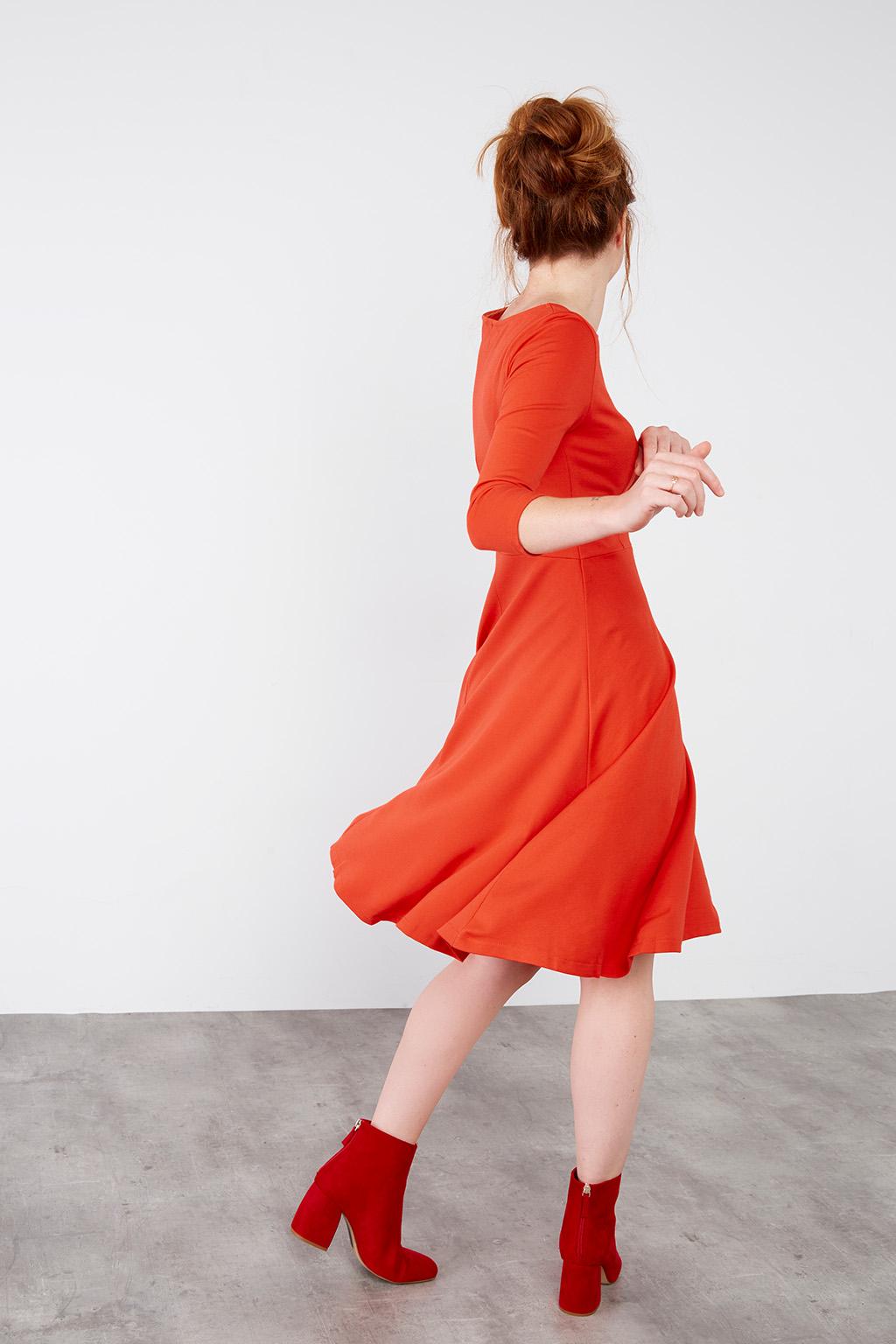 Robe parfaite rouge #collectionIRL par Showroomprivé.