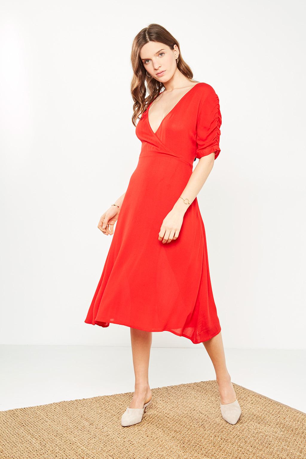 Soldes #collectionIRL prêt à porter et accessoires pour femme sur Showroomprivé.