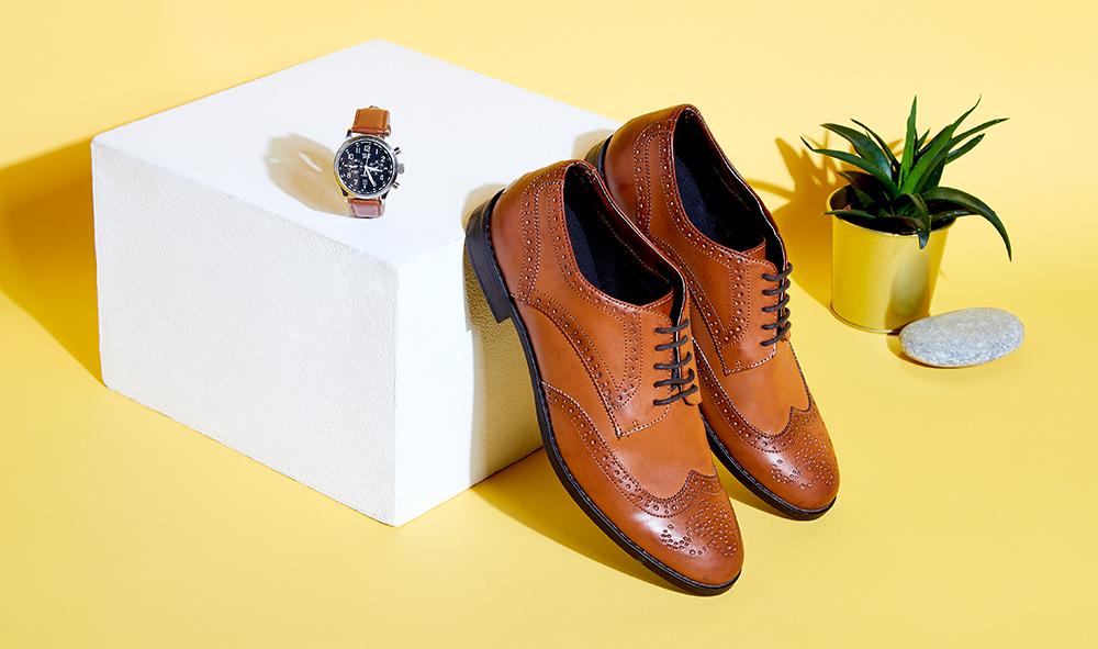 Les indispensables de la rentrée pour homme : chaussures et montres