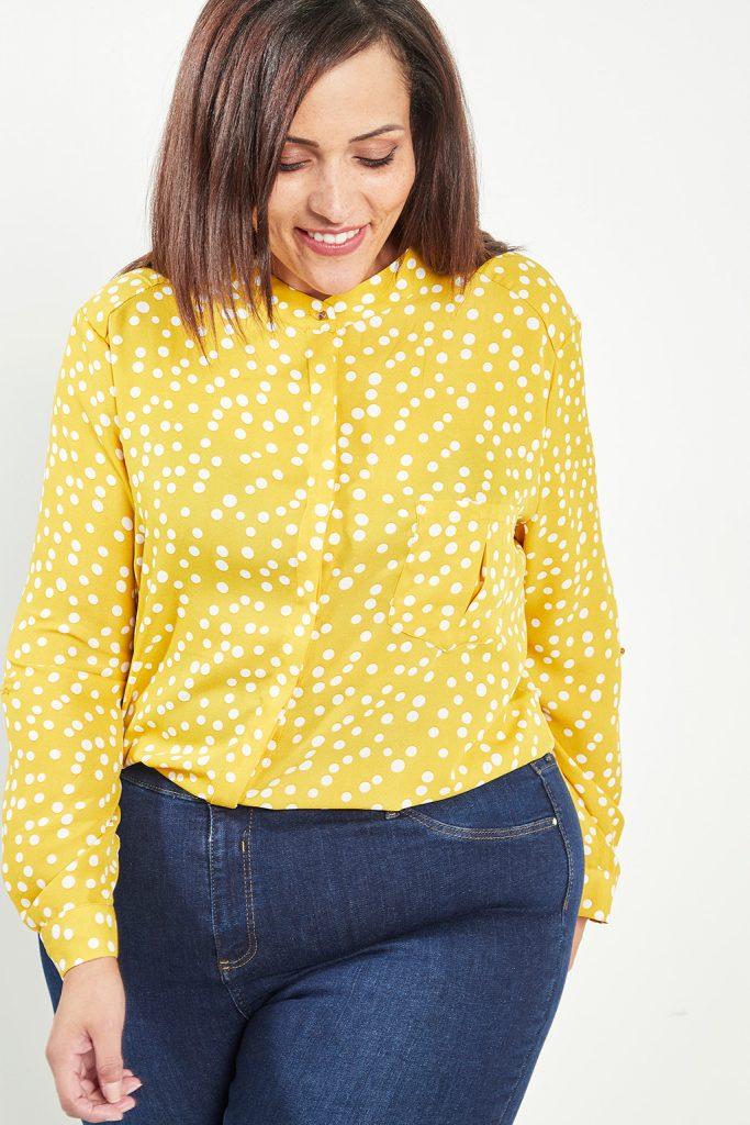 curveIRL chemise à pois