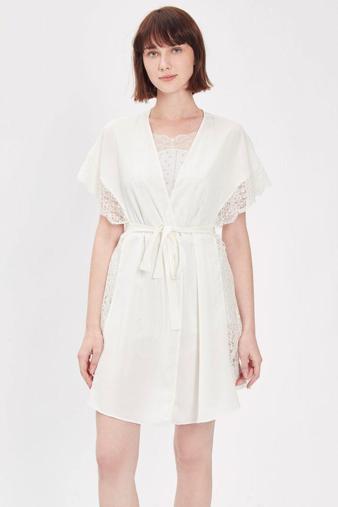 Oysho robe de chambre blanc casse