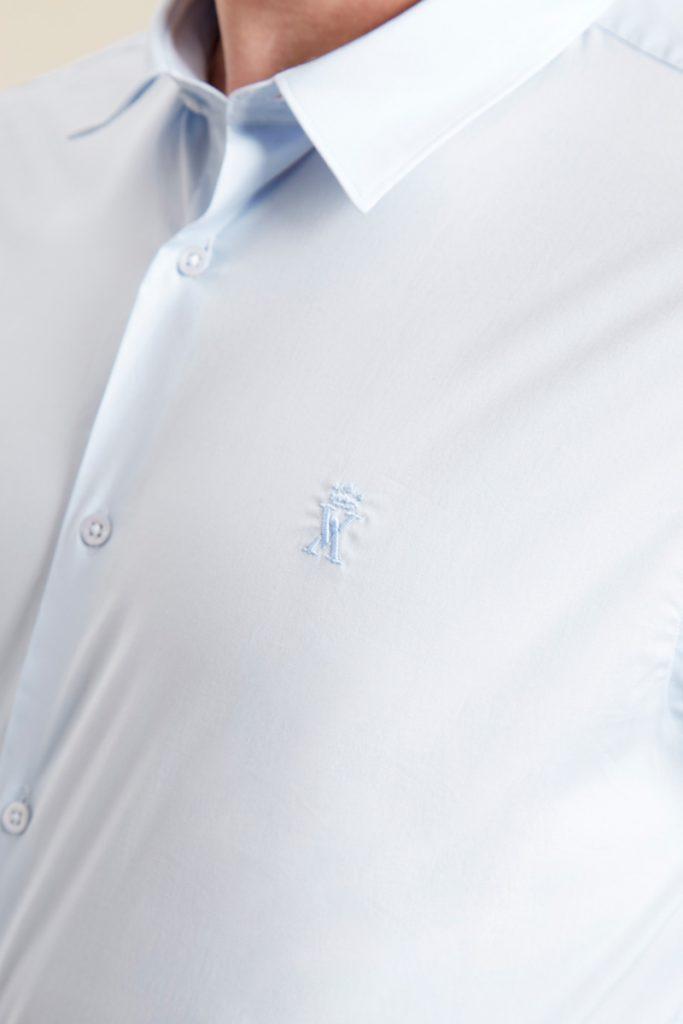 Vicomte A chemise