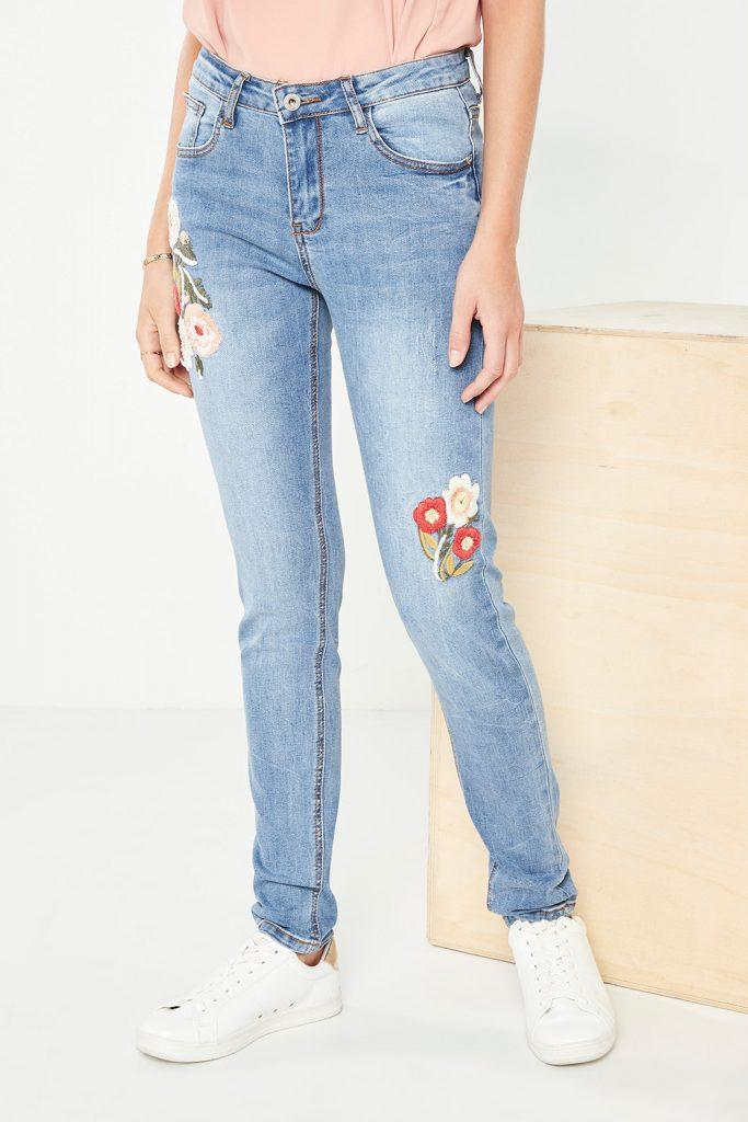 collectionIRL jean slim brodé