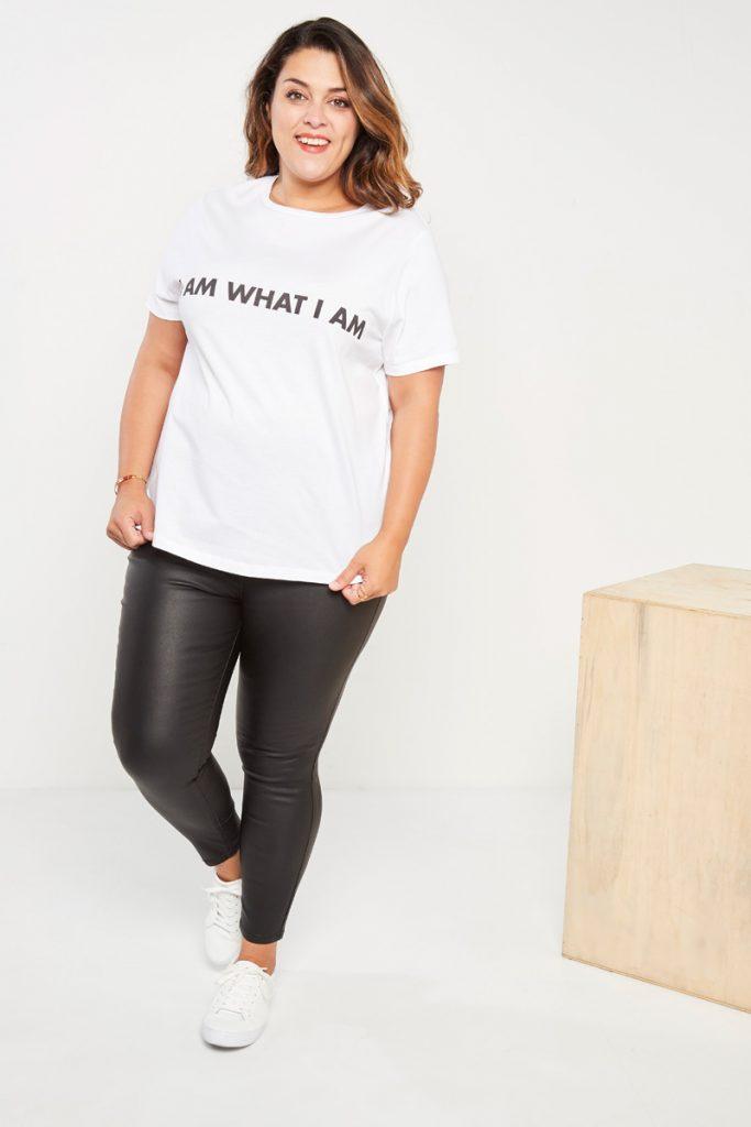 curveIRL t-shirt message
