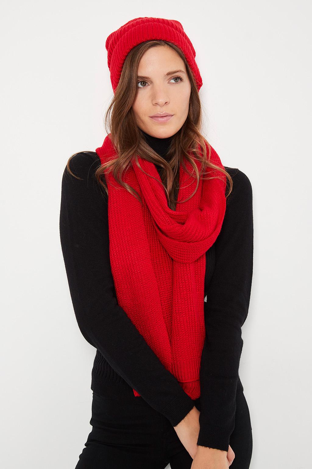 Bonnet et écharpe rouge en cachemire