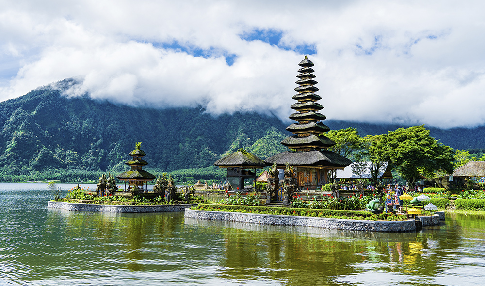 #VoyagezChezVous : rencontre avec Bali et ses emblématiques rizières