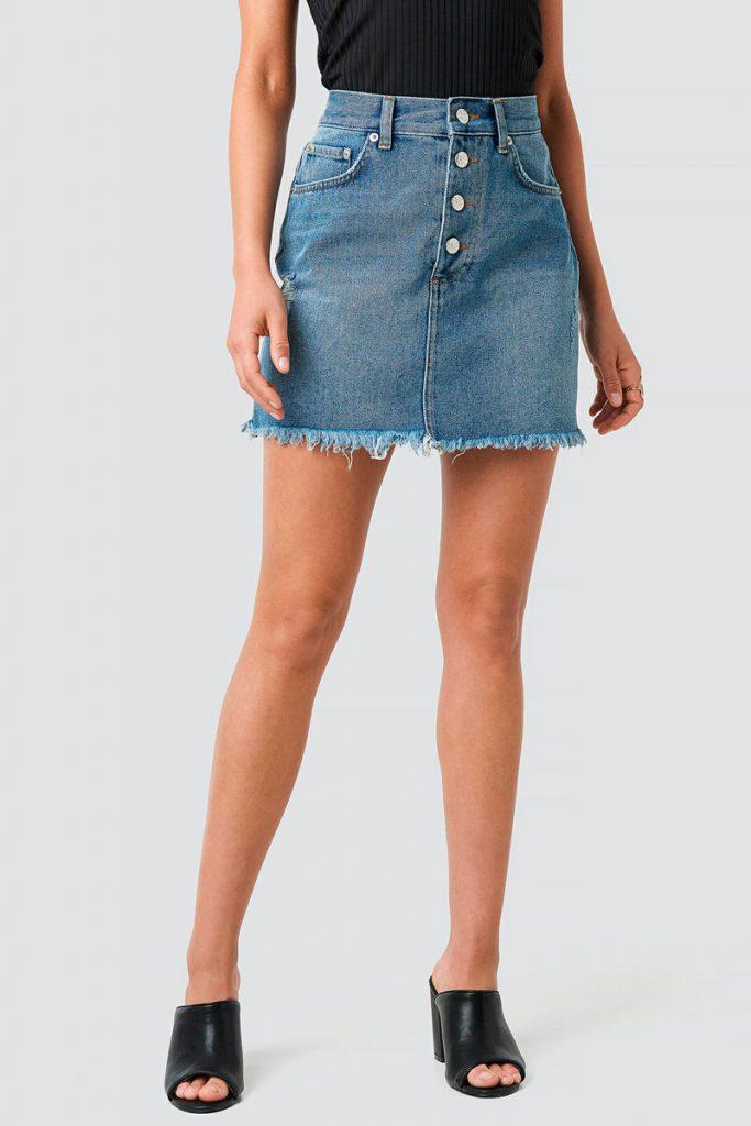 NA-KD jupe courte taille haute en jean