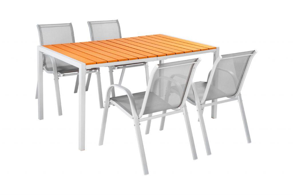 Rendez-vous terrasse table jardin